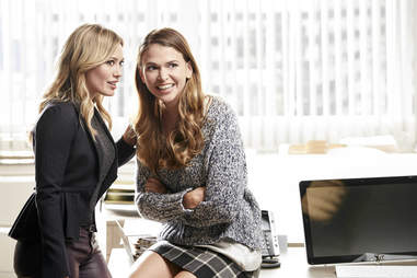 younger best tv shows of 2016 sutton foster hilary duff