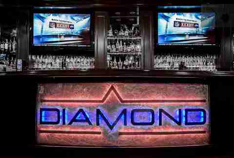 Diamond Pub and Billiards