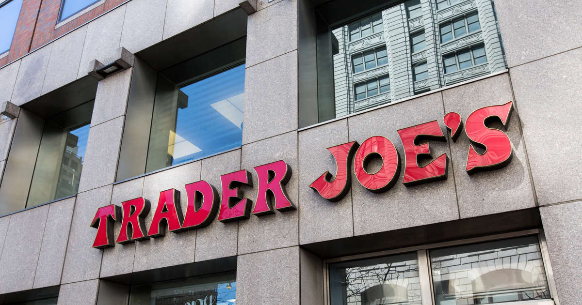 Why Trader Joe\'s Sucks: The World\'s Worst Grocery Store Explained ...