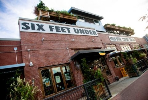 Six Feet Under Pub Fish House