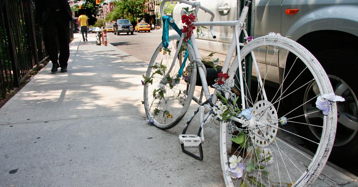 Deadly Nyc Bike Lanes Problem Explained Thrillist