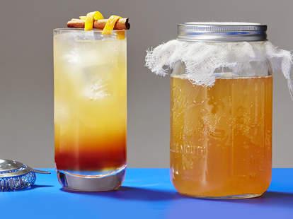 Kombucha Cocktail with honey
