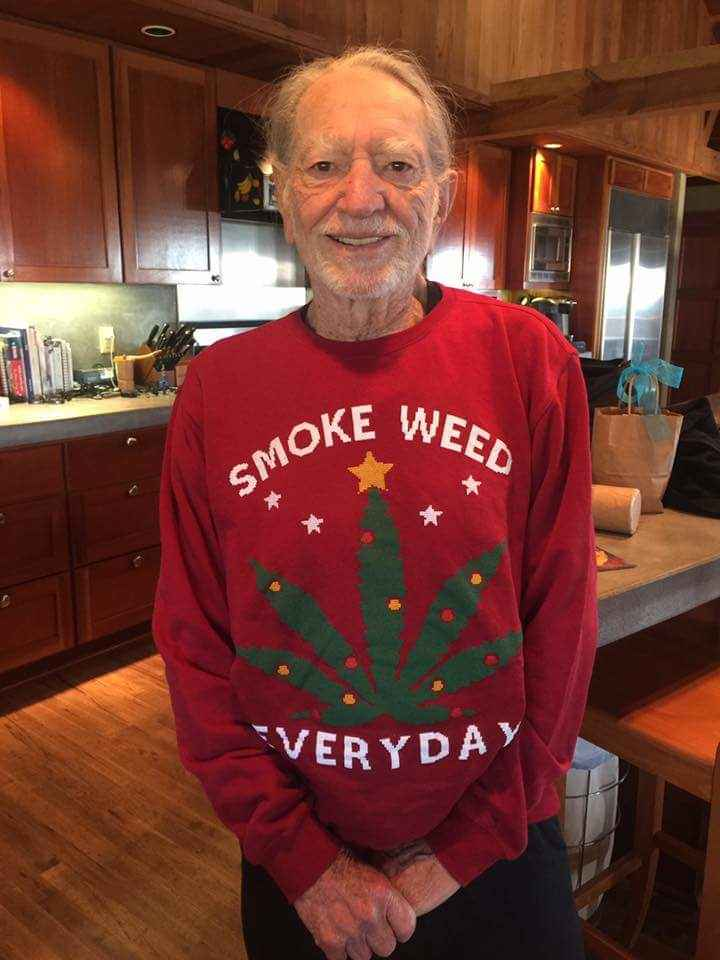 Snoop Dogg Gives Willie Nelson A Perfect Ugly Christmas Sweater