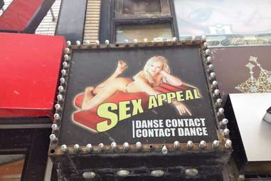 Cabaret Sex Appeal sign