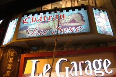 Le Chateau Du Sexe sign