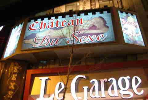 Le Chateau Du Sexe sign