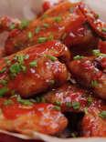 Easy appetizer recipe for peach Sriracha chicken wings