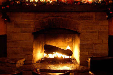 grafton pub and grill fireplace