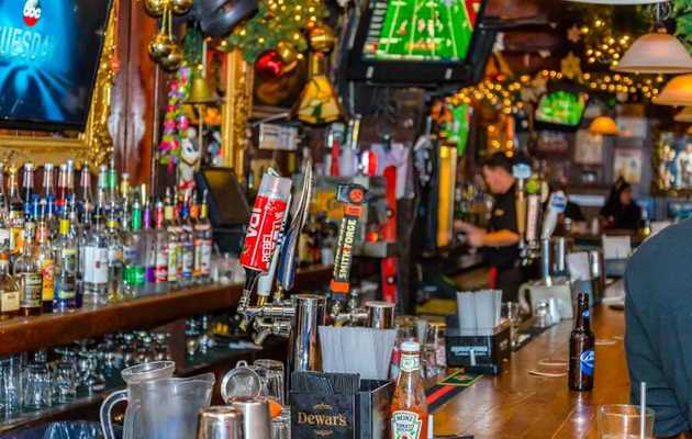 The 11 Best Dive Bars in DC