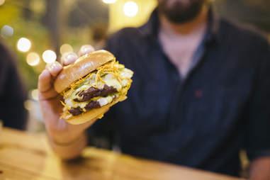 mott st burger chicago