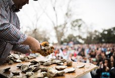 Everything You Should (and Shouldn't) Do at a Charleston Oyster Roast