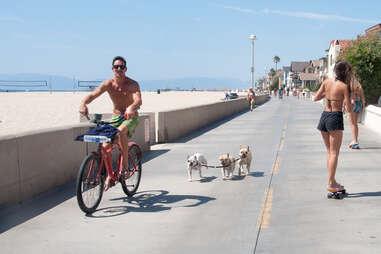 bike along the strand