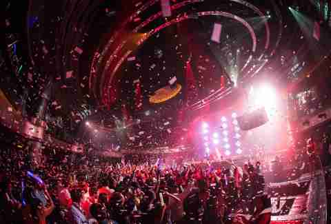 A Guide to All Las Vegas Nightclubs Based on What Music They Play ...