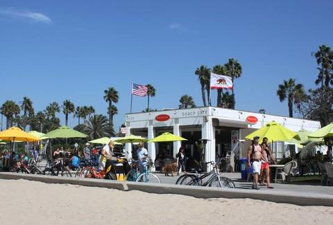 Perry's Cafe and Beach Rentals Los Angeles