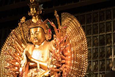 city of ten thousand buddhas