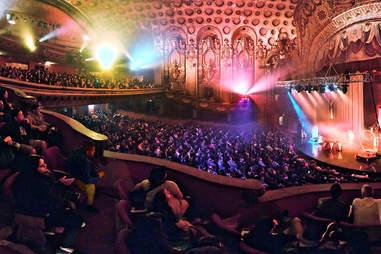 Night On Broadway, Los Angeles