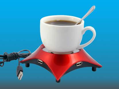 coffee cup on usb mug warmer
