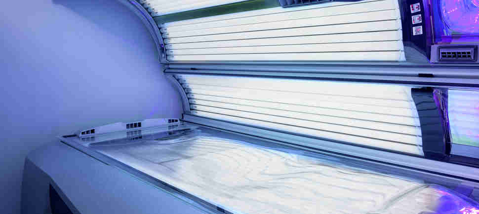 They're Trying to Ban Kids From Using Tanning Beds, Which Should Probably Already Be a Rule?