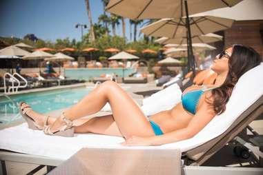 Bare Pool Lounge