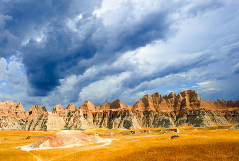 badlands national park clouds and skyline