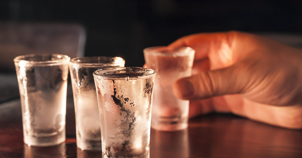 How Many Calories Are in a Shot of Vodka - Popular Vodka