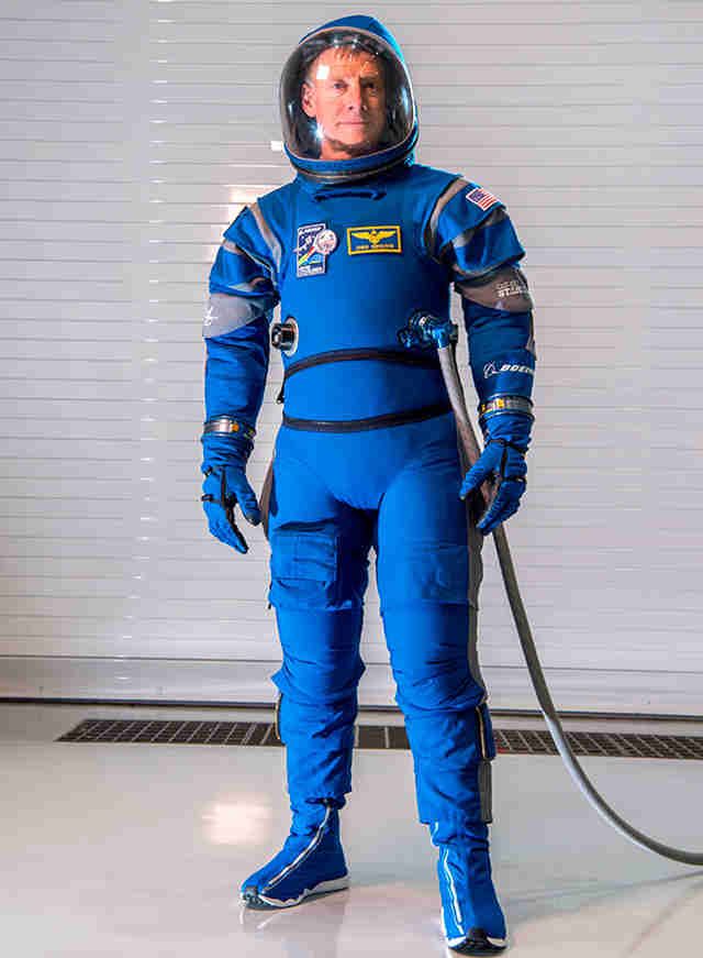 Boeing starliner spacesuit full body