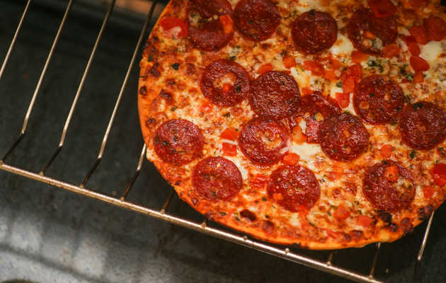 Frozen Pizzas, Ranked by How Close to Delivery They Taste