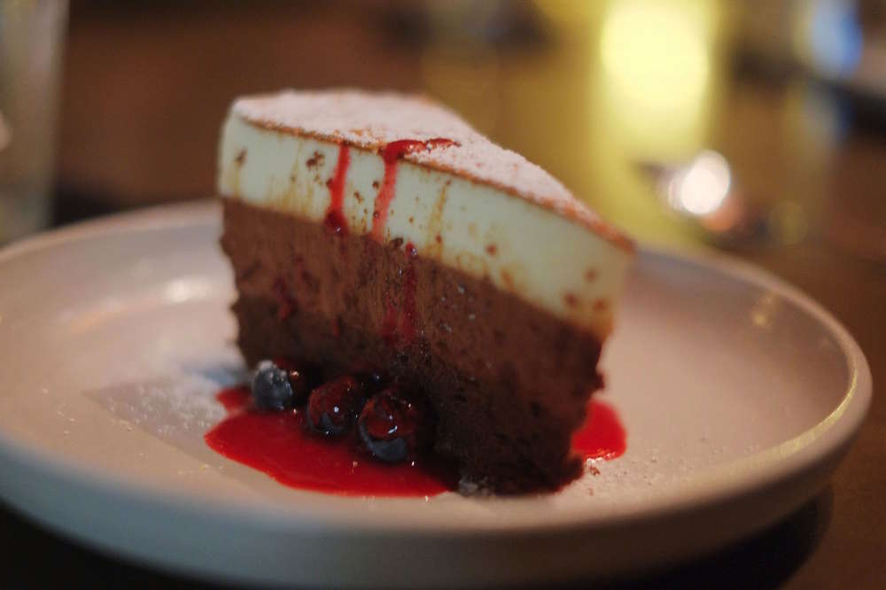 Stupendous Best Dessert Restaurants In Honolulu Thrillist Funny Birthday Cards Online Elaedamsfinfo