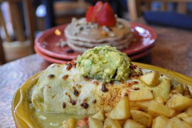 Green chile breakfast burrito