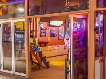 Sandbar Lounge Miami