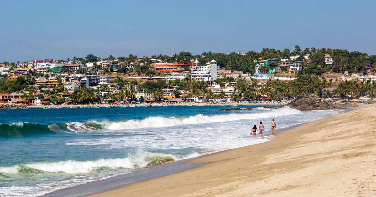 Best Oaxaca Beaches  Beach Towns - Thrillist-7913