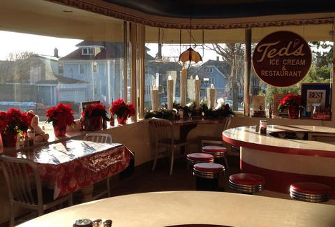 Ted's Ice Cream and Restaurant Wauwatosa Milwaukee