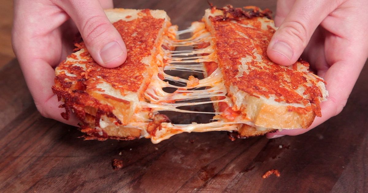 This Parmesan-Crusted Grilled Cheese Is Basically a Pizza