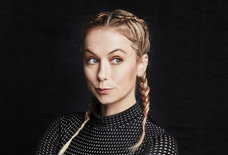 Comic Iliza Shlesinger's Guide to Surviving Valentine's Day in LA