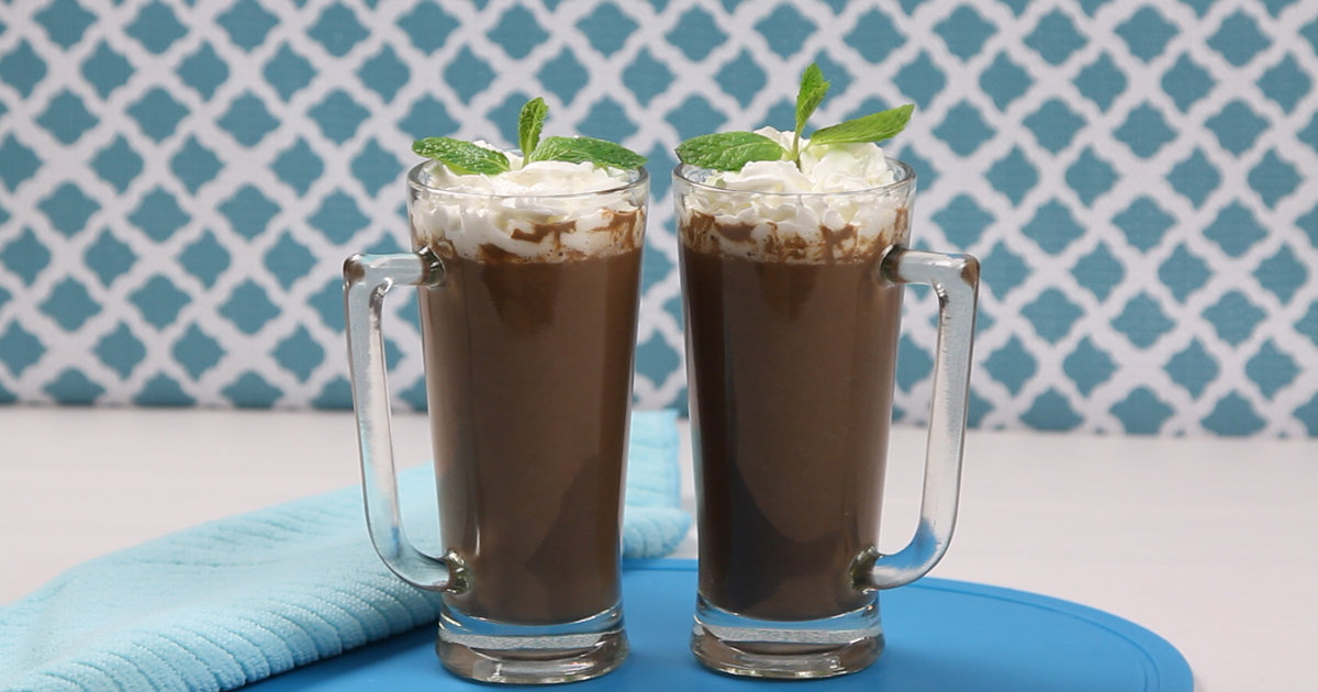 How to Make Tequila Mint Alcoholic Hot Chocolate Recipe - Thrillist