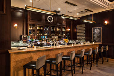 Regent cocktail Lounge