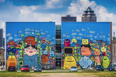Des Moines street art