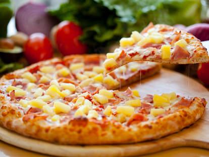 pinneapple pizza iceland president