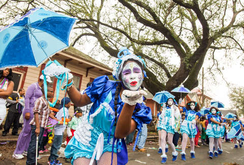 new orleans dance team during mardi gras