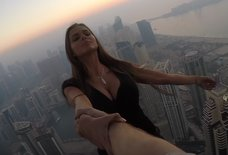 Model Dangles From Skyscraper, Has to Promise Police She Won't Do It Again