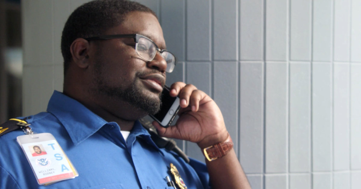 Get Outs Funny Tsa Agent Is Lil Rel Howery Watch His Comedy Now - Thrillist-8756
