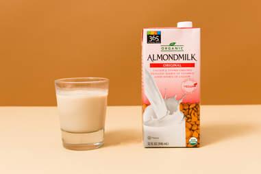 365 Organic Almond Milk