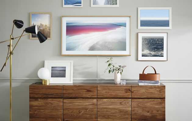 Samsung's New Flatscreen TV Becomes Beautiful Wall Art When It's Turned Off