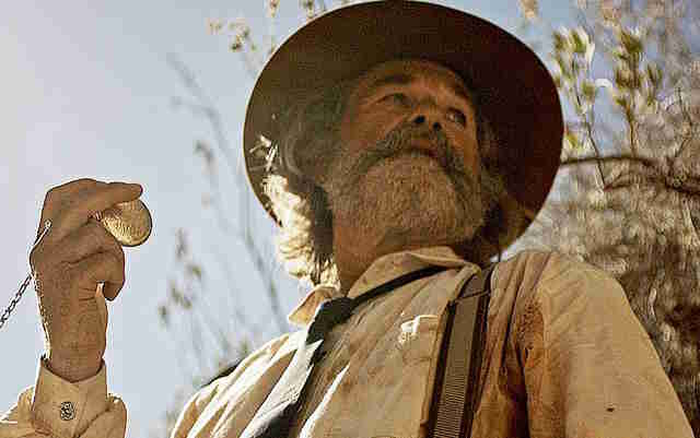 bone tomahawk - best new horror movies to watch