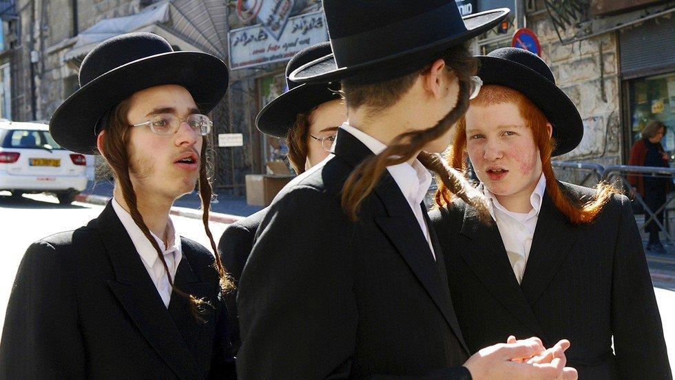 Why Do Hasidic Jews Dress So Differently - Seeker-2653