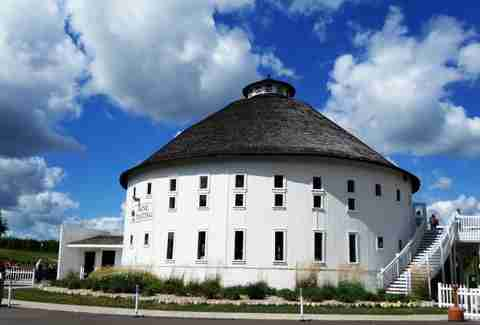 Round Barn Winery, Distillery & Brewery