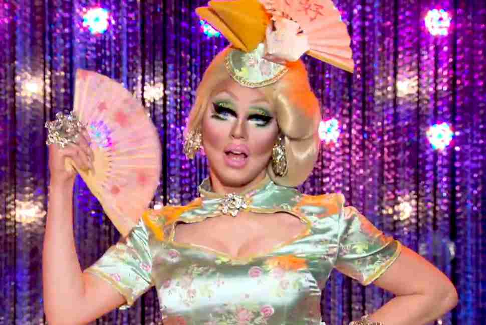 best rupauls drag race contestants - trixie mattell