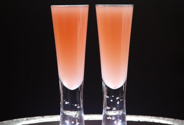 Celebrate Spring With a Fruity and Bubbly Rhubarb Fizz