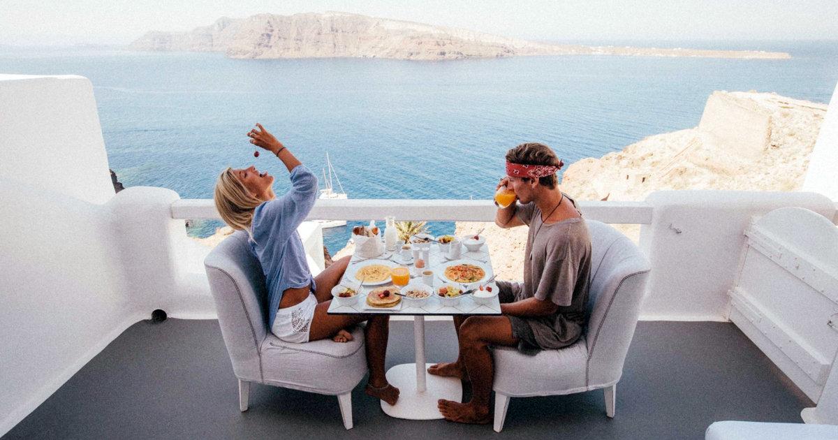 How Do You Travel Instagram Couple Jack Morris Amp Lauren