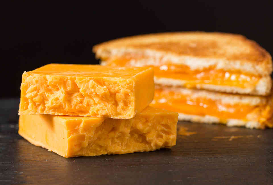Best Cheese for Grilled Cheese Sandwich Recipes: American